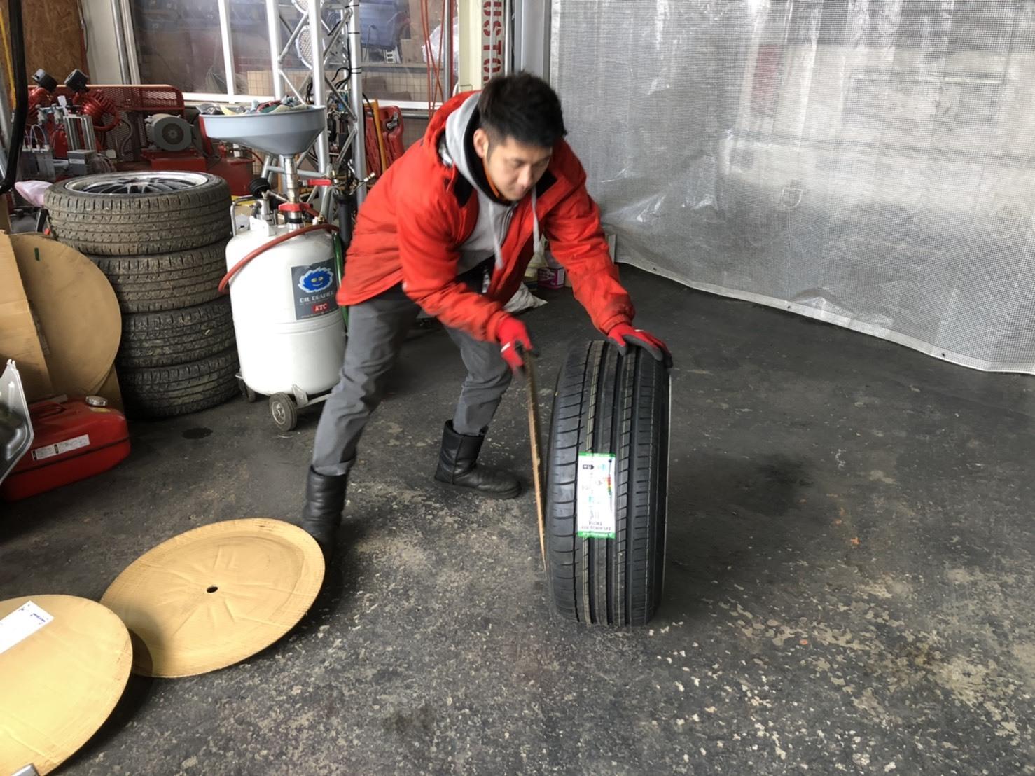 12月22日(日)TOMMYBASEブログ☆S様エブリィワゴン納車✨✨レクサス専門♬スバル車多数🎶限定車♬希少車🎶レガシィ♬フォレスター☆自社ローン_b0127002_16480193.jpg