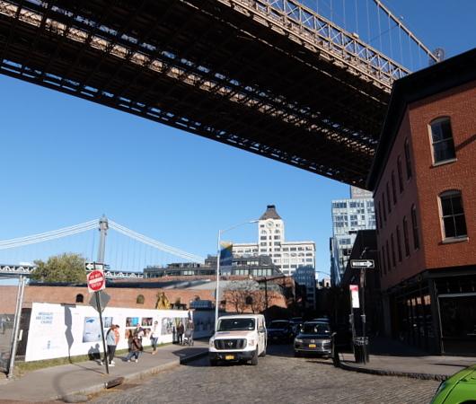 より良い未来を築く、ニューヨークの街角の写真展_b0007805_08033982.jpg
