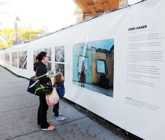 より良い未来を築く、ニューヨークの街角の写真展_b0007805_08305774.jpg
