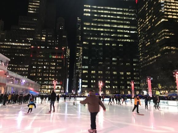 ニューヨーク冬の名所ブライアントパーク_b0130809_03363948.jpeg