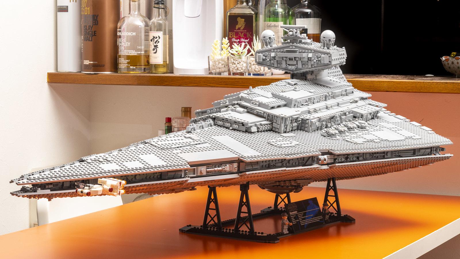 全長1mオーバー、LEGOで組む巨大なスター・デストロイヤーに本物の「優しさ」を感じた話_b0029315_17151025.jpg