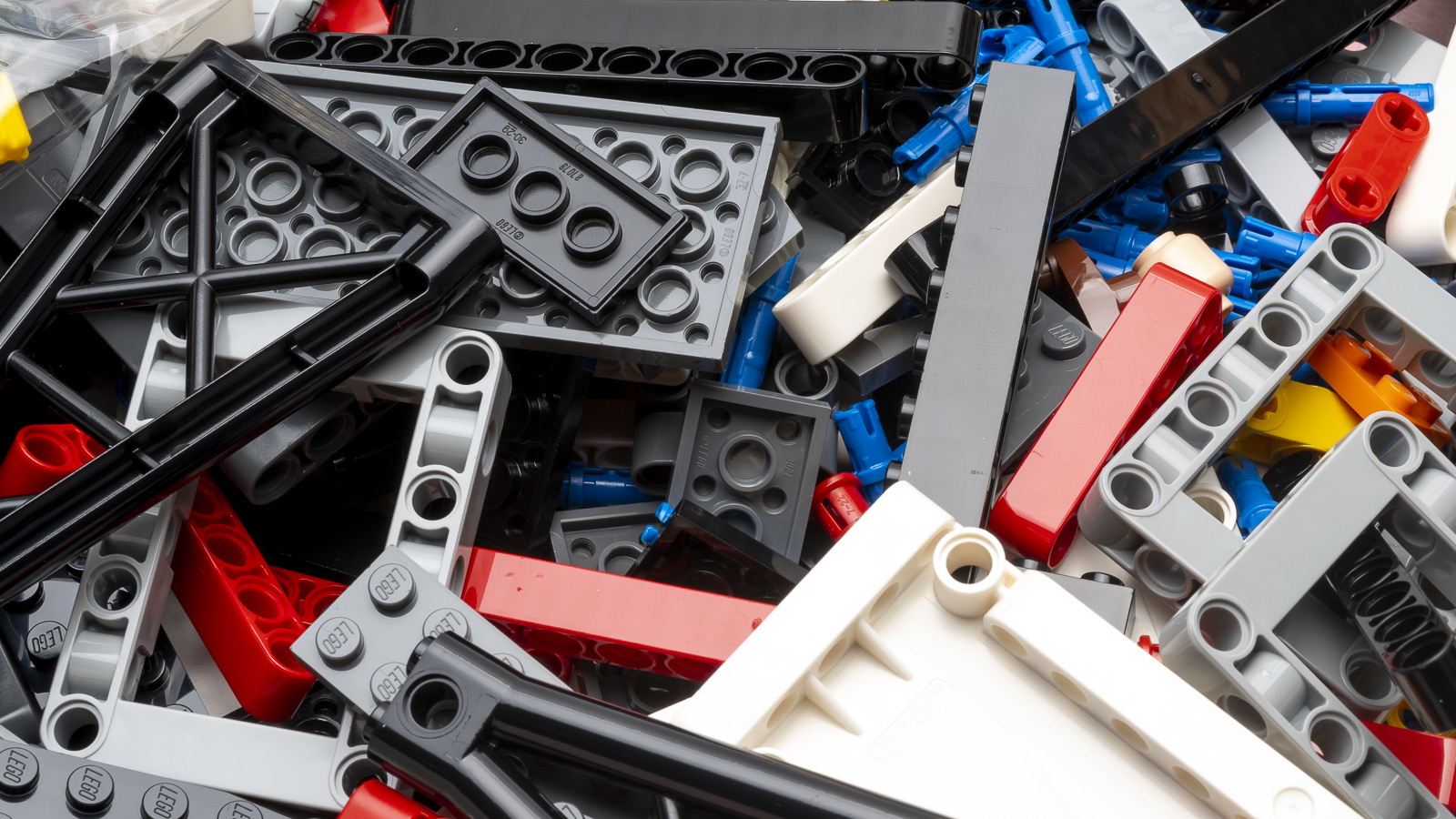 全長1mオーバー、LEGOで組む巨大なスター・デストロイヤーに本物の「優しさ」を感じた話_b0029315_17544642.jpg