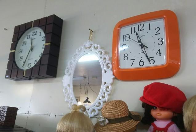 食器棚や時計など☆_e0199317_11311035.jpg