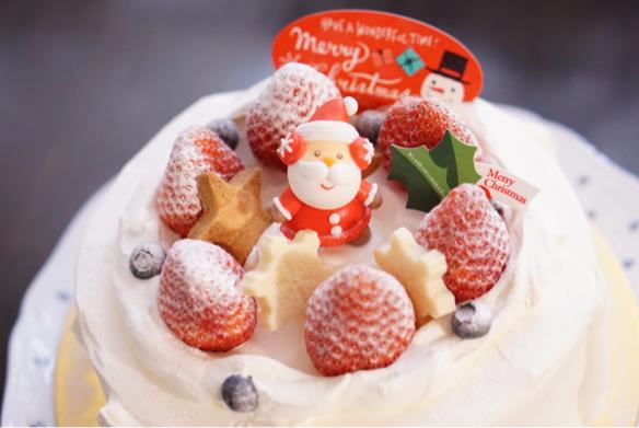 クリスマスケーキ♪_c0169360_18505290.jpg