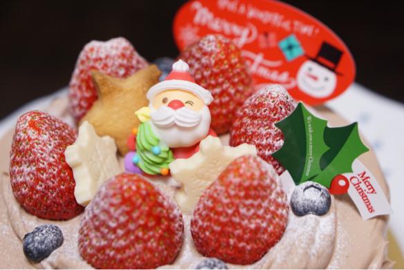 クリスマスケーキ♪_c0169360_18543000.jpg