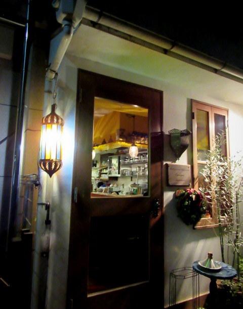 モロッコ料理の台所・エンリケマルエコス * カウンターでつつく絶品モロッコ料理!_f0236260_04054593.jpg