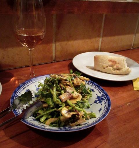 モロッコ料理の台所・エンリケマルエコス * カウンターでつつく絶品モロッコ料理!_f0236260_04122212.jpg