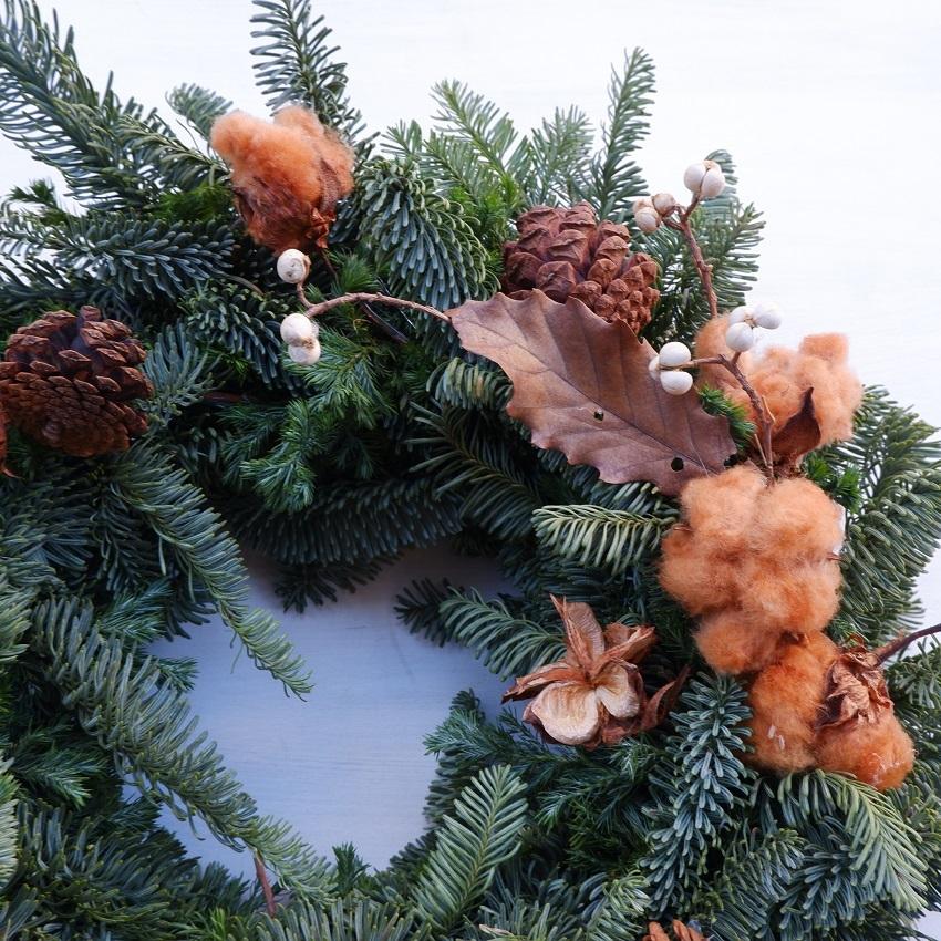 オークリーフ(今年のクリスマスリース)_f0049672_16570890.jpg