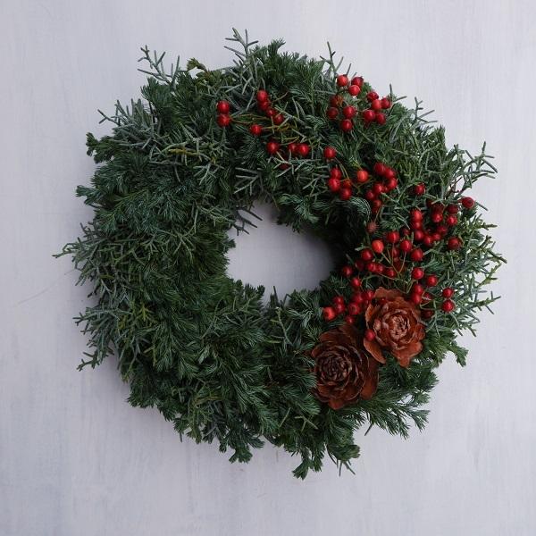 オークリーフ(今年のクリスマスリース)_f0049672_16573131.jpg