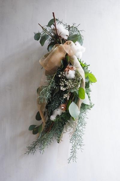 オークリーフ(今年のクリスマスリース)_f0049672_16574291.jpg