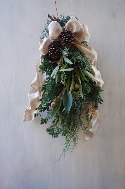 オークリーフ(今年のクリスマスリース)_f0049672_16575610.jpg