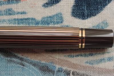 特別生産品「スーベレーン800 ブラウンブラック」、撮りました。_e0200879_16230698.jpg