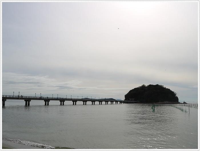 愛知県でのお出かけ その2 竹島海岸と竹島にある八百富神社 (11月24日)_b0175688_21503996.jpg