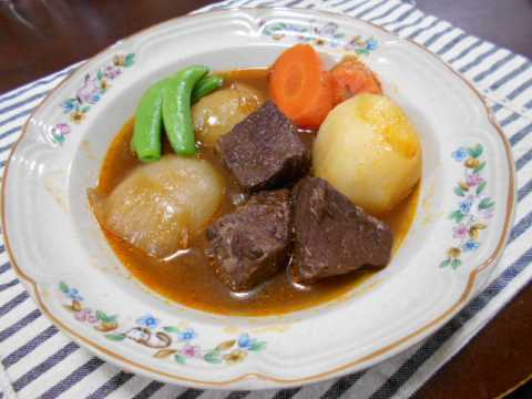 牛肉の赤ワイン煮&ひろっこの酢味噌和え_f0019498_20463486.jpg