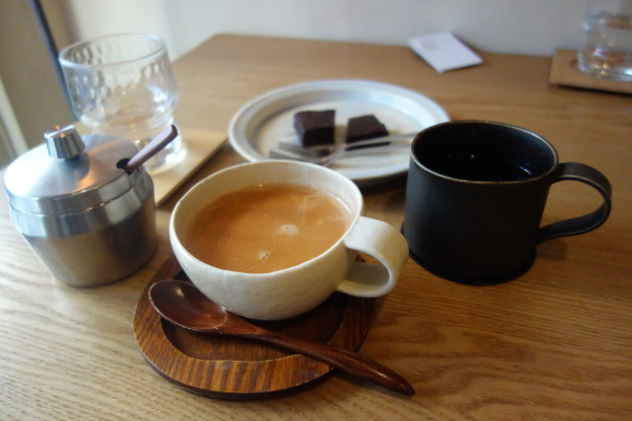 Bnei Coffeeさんでスパイスチャイ_e0230011_17100018.jpg