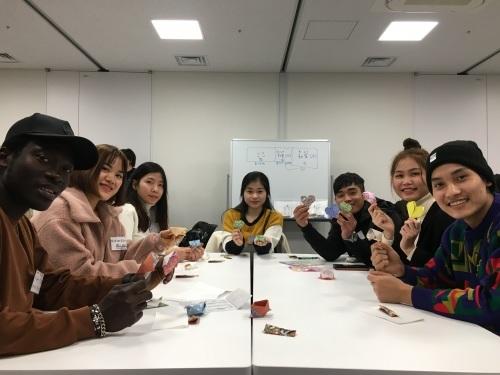 日曜朝教室(2019.12.22)お茶会🍵_e0175020_10151418.jpeg