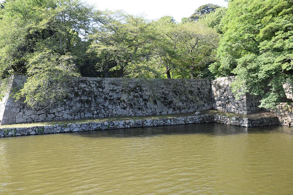 国宝・彦根城を歩く。 その7 <大手門~山崎曲輪>_e0158128_20521435.jpg