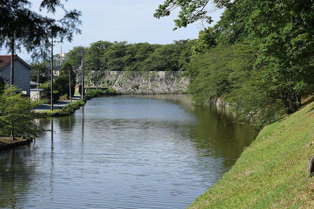 国宝・彦根城を歩く。 その7 <大手門~山崎曲輪>_e0158128_21081345.jpg