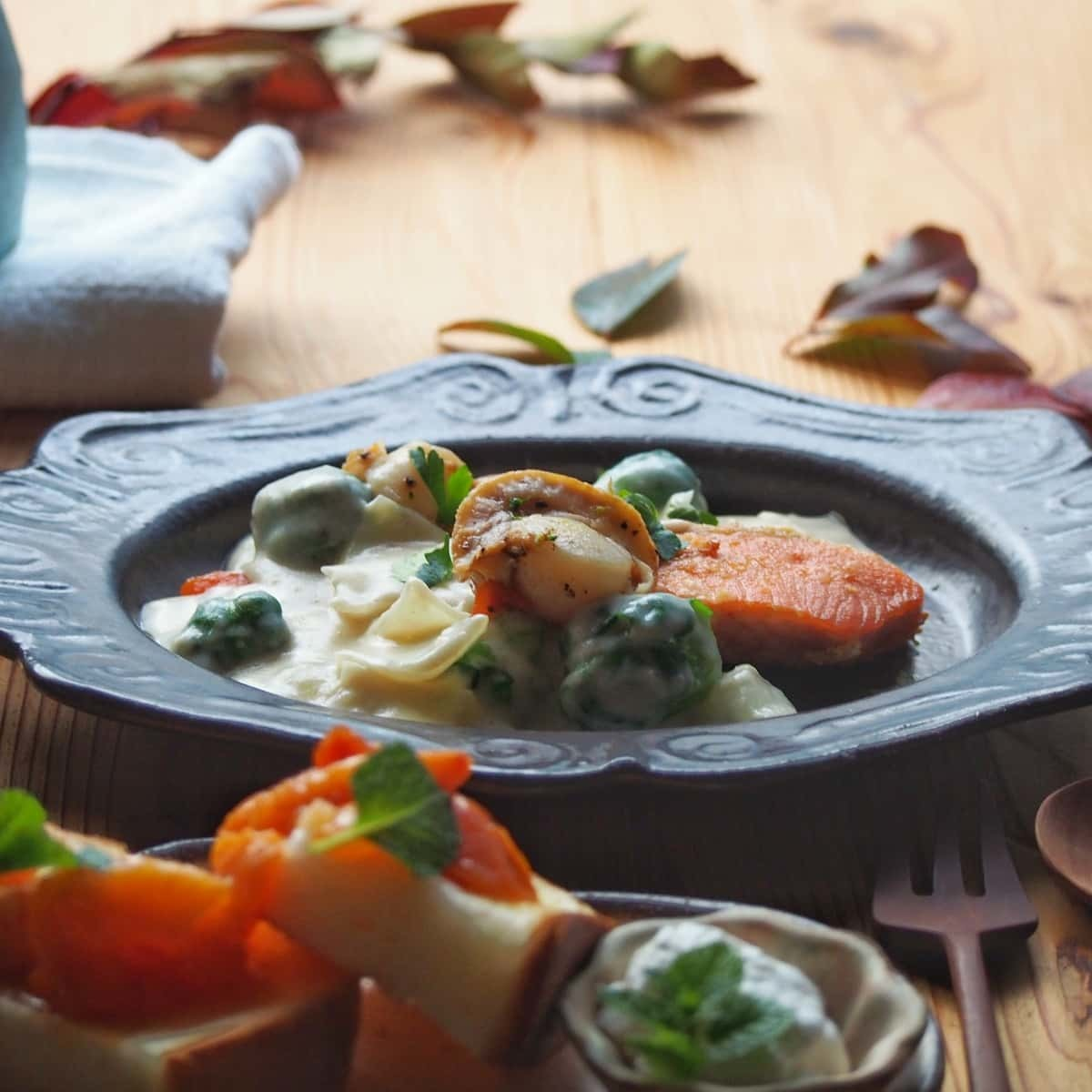 鮭のクリーム煮朝ごはん_b0277136_08422217.jpg