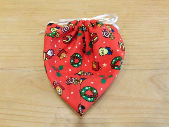 裁縫 ~ X\'mas柄のイチゴ型巾着 ~_e0222340_161114.jpg