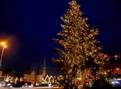 キラキラ夜のクリスマスマーケット_f0210340_05211341.jpg