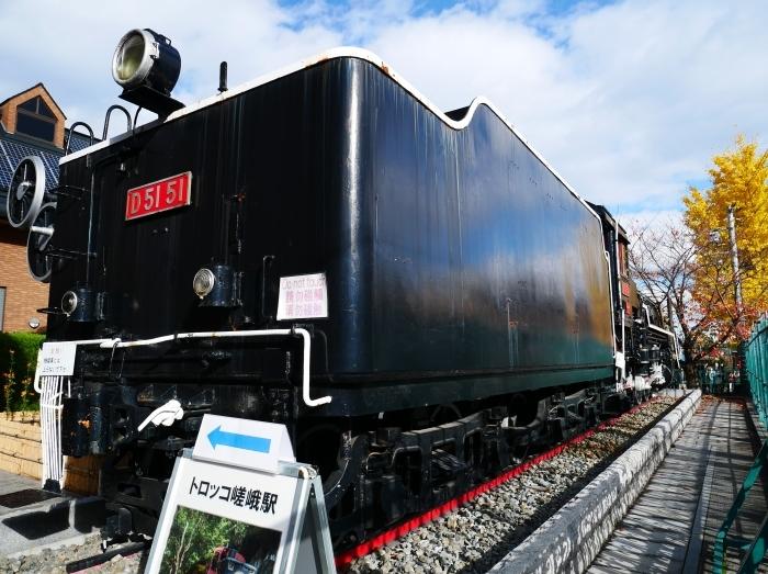 嵯峨嵐山駅前のD51蒸気機関車  2019-12-26 00:00    _b0093754_22354120.jpg