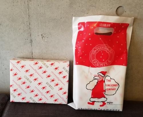 IZUMIYA 泉屋東京店 * 老舗菓子店のクリスマス限定缶♪_f0236260_23462556.jpg