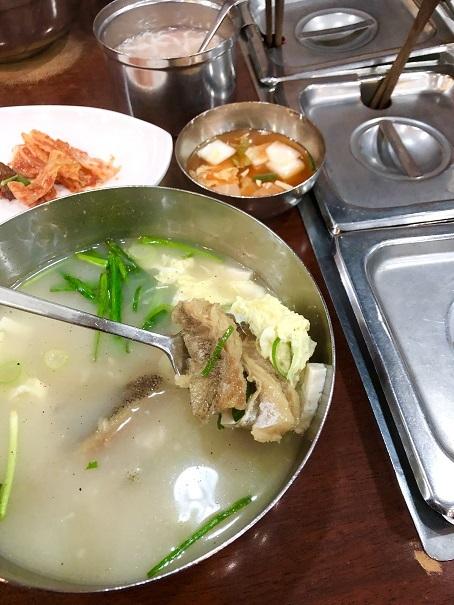 ソウルのお昼ご飯は「干しダラのスープ」です_b0060363_22021378.jpeg