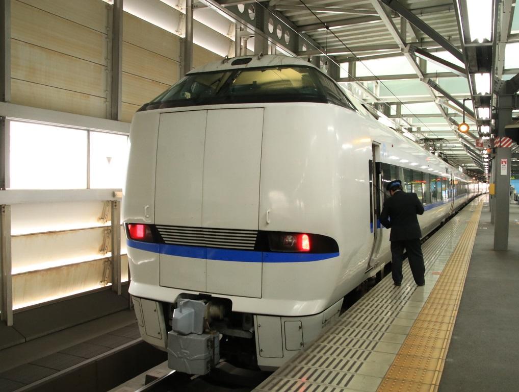 JR福井駅 683系 サンダーバード_d0202264_4121316.jpg