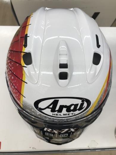 奇跡のヘルメット入荷しました!!_b0163075_17013298.jpg