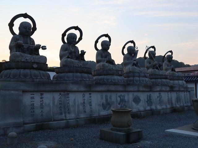 藤田八束鉄道の旅、恐山を訪ねて・・・・むつ市・渡辺水産のベビーホタテと裂きイカ、これ最高です。美味しさの秘訣は自然の恵みにありました。_d0181492_23460459.jpg