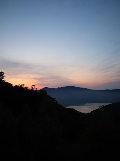 藤田八束鉄道の旅、恐山を訪ねて・・・・むつ市・渡辺水産のベビーホタテと裂きイカ、これ最高です。美味しさの秘訣は自然の恵みにありました。_d0181492_23472118.jpg