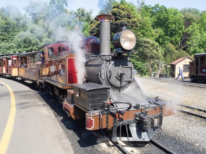 2019メルボルン・タスマニア・シドニーvol.4~蒸気機関車とワイナリー~_f0276498_21205699.jpg