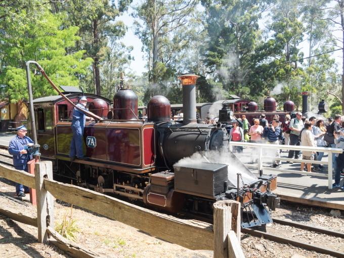 2019メルボルン・タスマニア・シドニーvol.4~蒸気機関車とワイナリー~_f0276498_21262454.jpg