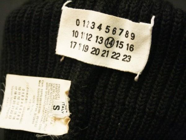 クリスマスイブになってしまいました。今さらですがクリスマスのプレゼントにどうですか?入荷マフラー、財布、ポーチ、ニット帽など小物類_f0180307_01341530.jpg