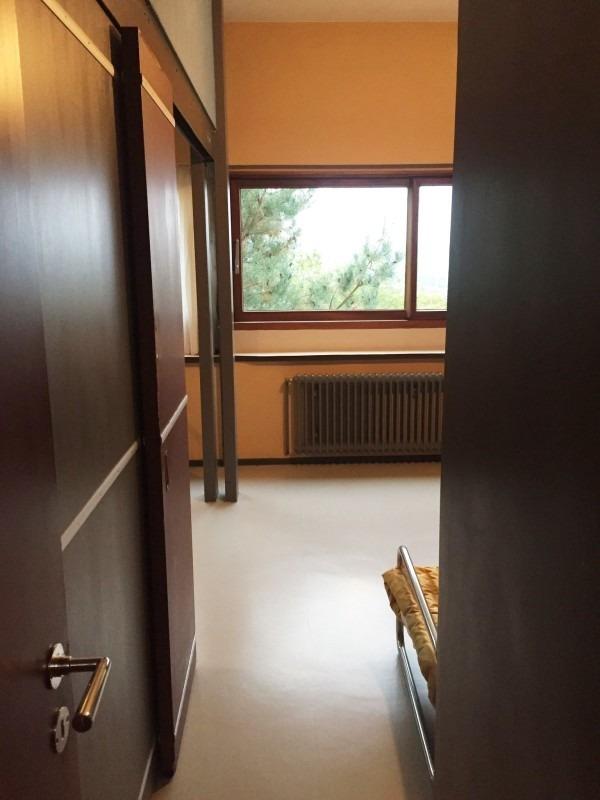 令和最初のヨーロッパ買い付け後記21 ヴァイセンホーフジードルングへ!! 入荷コルビジェも愛したGRASのランプ。超レア物あり。_f0180307_22505277.jpg