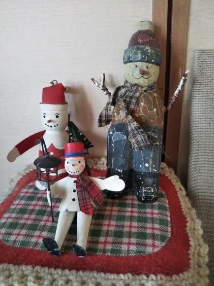 一応クリスマス画像と対角線猫_f0316507_18532475.jpg