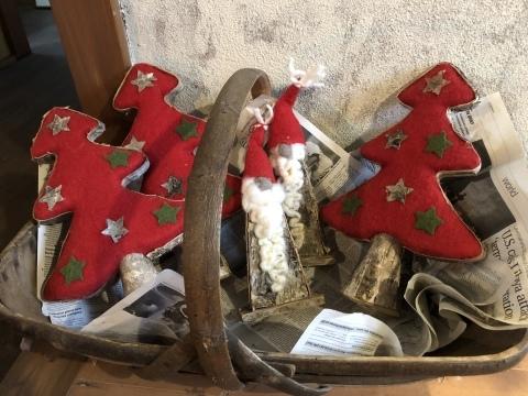 小さな小さなクリスマスマーケット。_b0116313_23220886.jpeg