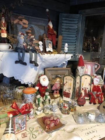 小さな小さなクリスマスマーケット。_b0116313_23223590.jpeg