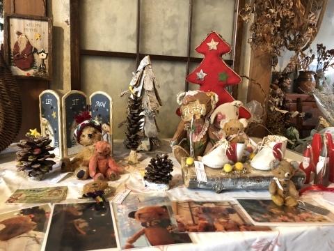 小さな小さなクリスマスマーケット。_b0116313_23242622.jpeg