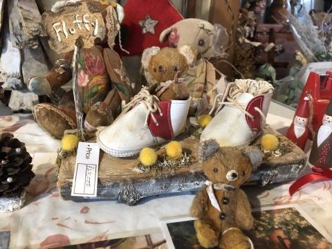 小さな小さなクリスマスマーケット。_b0116313_23260565.jpeg