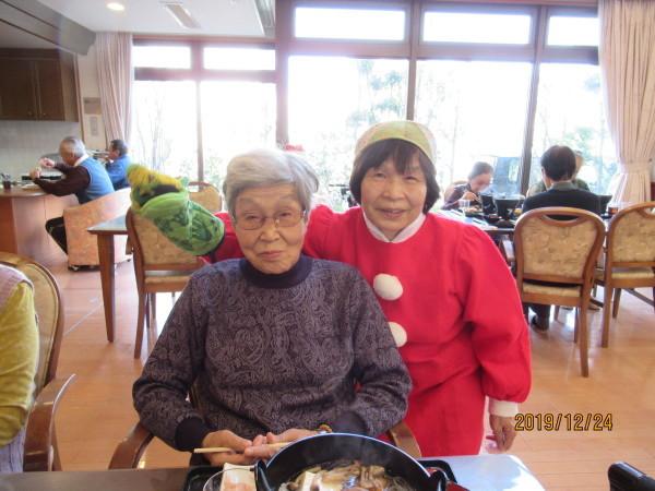 ケアハウスのクリスマス会兼忘年会_a0166025_22191804.jpg