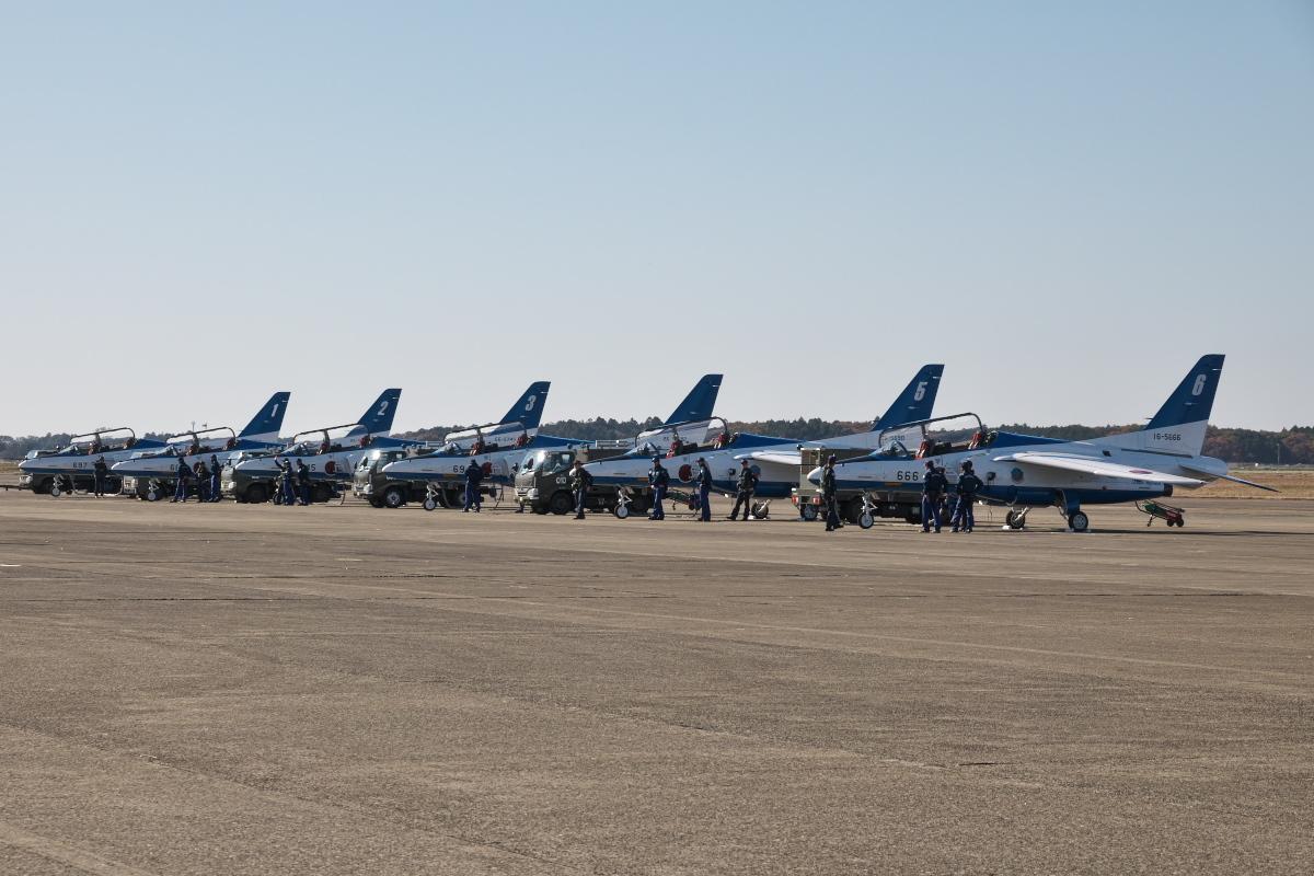 令和元年百里基地航空祭(その1)久しぶりのブルーインパルス_d0137627_21473235.jpg