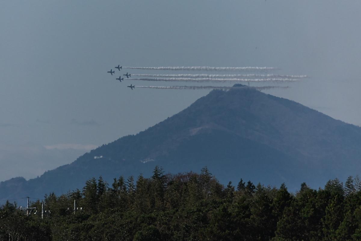 令和元年百里基地航空祭(その1)久しぶりのブルーインパルス_d0137627_22170217.jpg