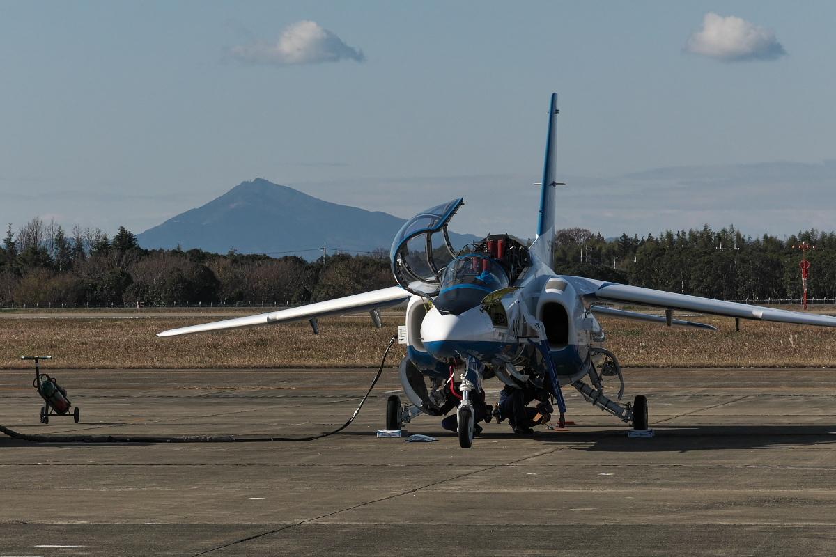令和元年百里基地航空祭(その1)久しぶりのブルーインパルス_d0137627_22300712.jpg