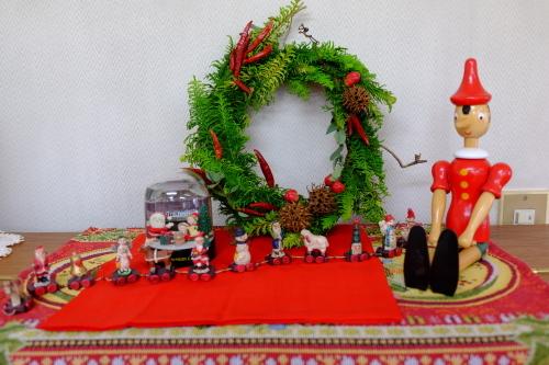 クリスマス・リースを飾る_c0113928_15084123.jpg