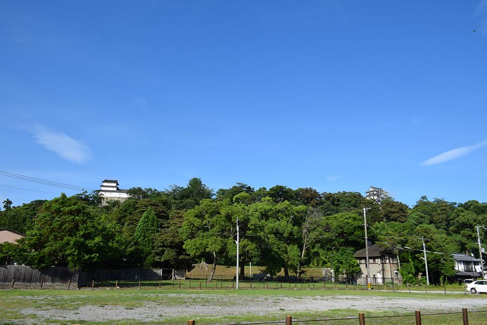 国宝・彦根城を歩く。 その8 <中堀~武家屋敷跡~京橋口>_e0158128_18062820.jpg
