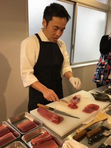 ドメニカ・ドーロ シェフのお魚料理レッスンを開催いたしました。_d0041729_12125853.jpg