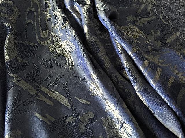 ブルー織模様のテーブルクロス、またはベッドカバー316_f0112550_03072341.jpg