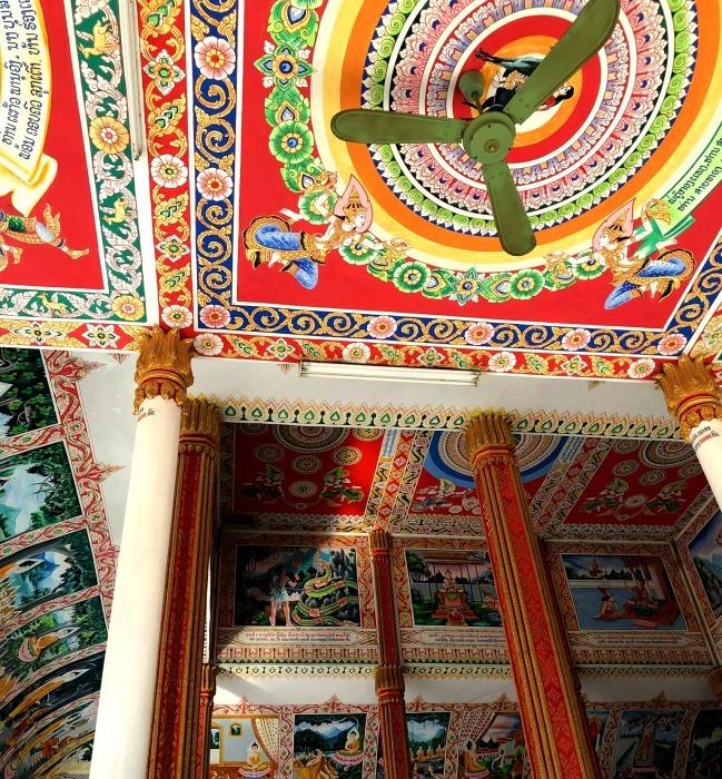 ラオスの旅 9  タート・ルアン南寺院その2_a0092659_12125284.jpg